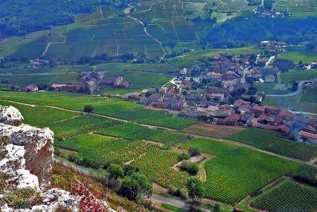 Solutré village1.jpg