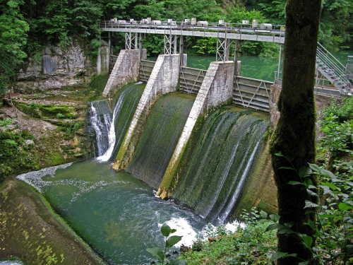 Barrage hydroélectrique de la source de la Loue_130.jpg