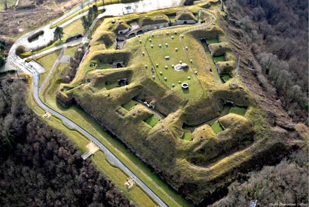 Fort-du-Mont-Bart_02-450.jpg
