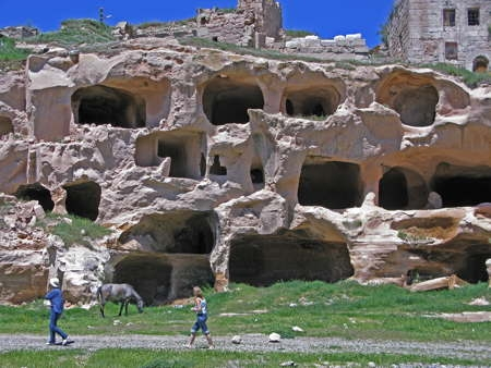 14_Cappadoce_cité souterraine.jpg
