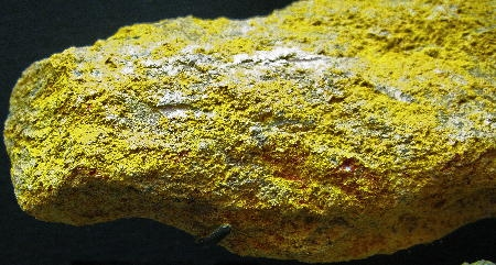 Death_valley_realgar+orpiment1.jpg